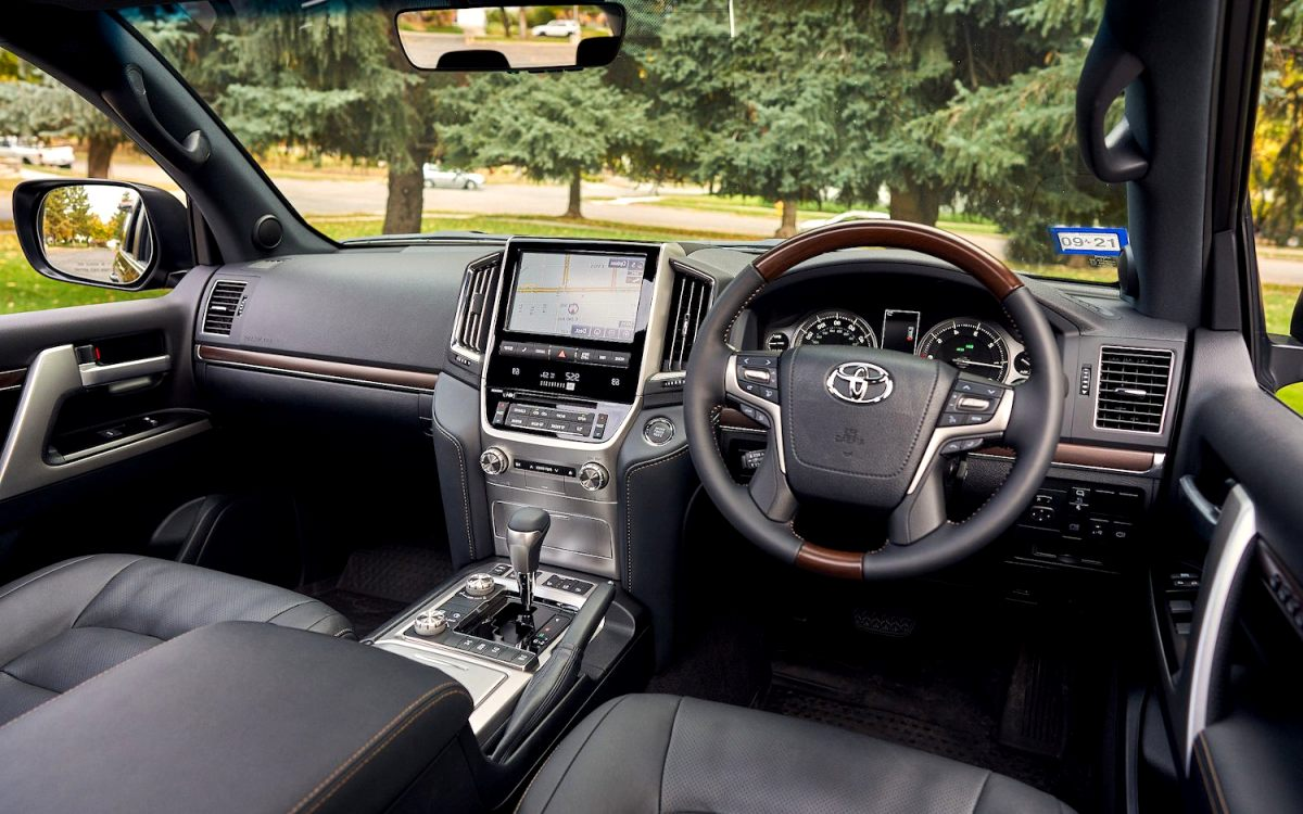 2020 toyota land cruiser interior Concept and Review