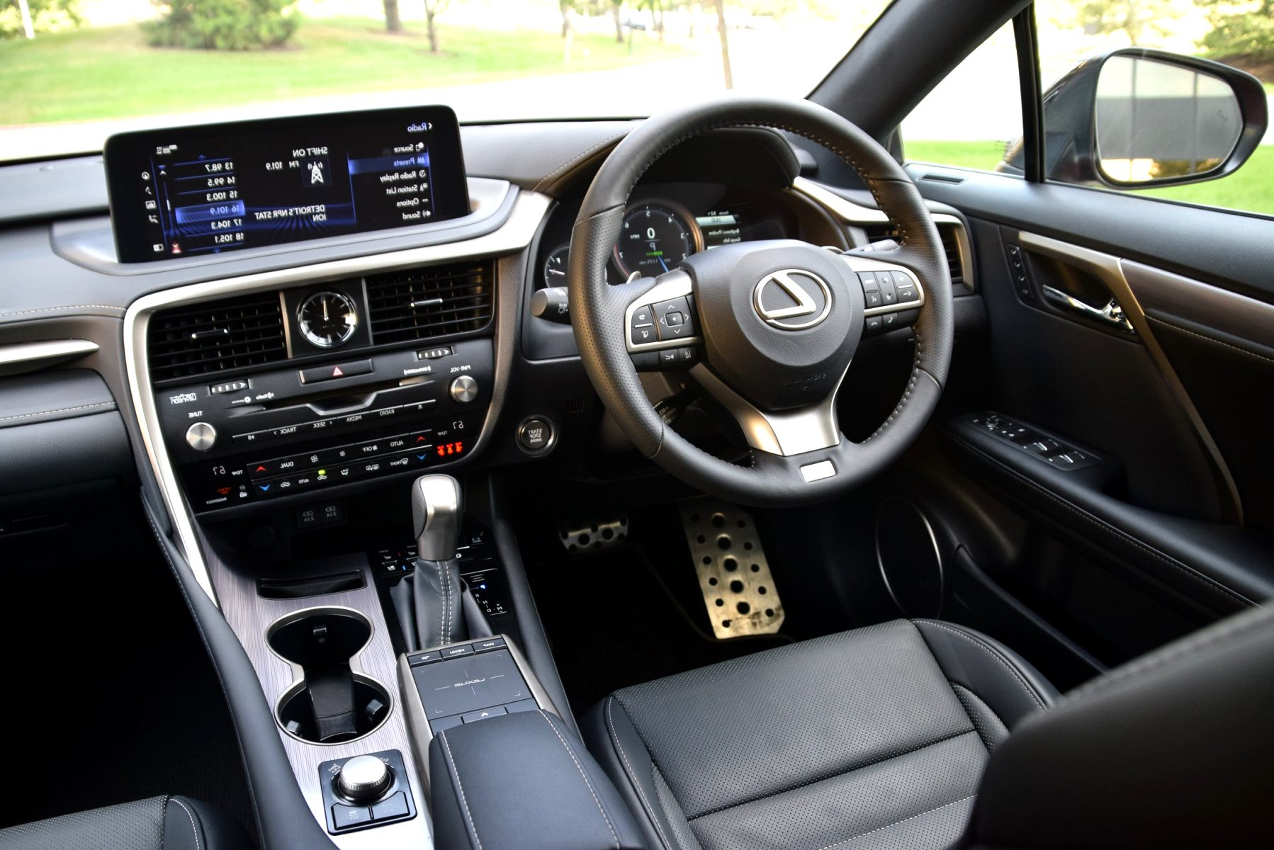 lexus ux 2020 interior Redesign and Review