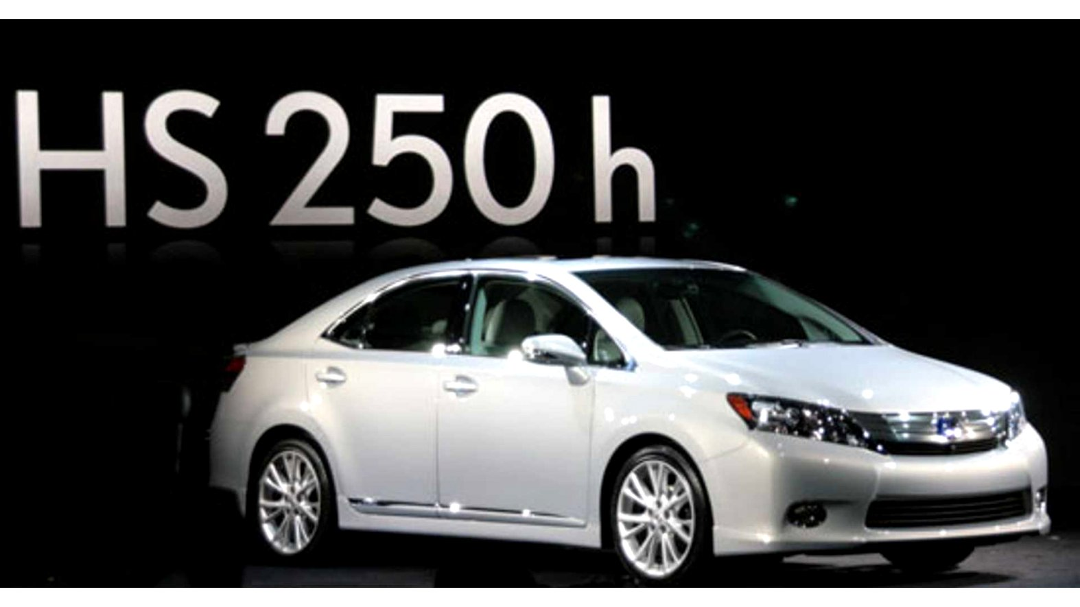 2020 lexus hs 250h Review and Release date