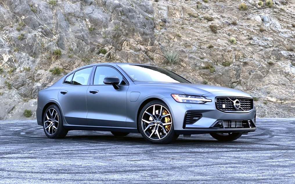 2020 used volvo s60 Overview