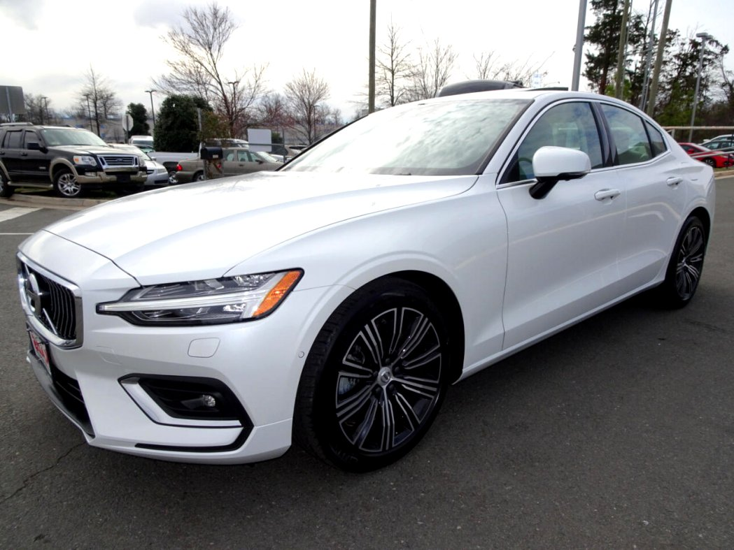 2020 used volvo s60 Picture