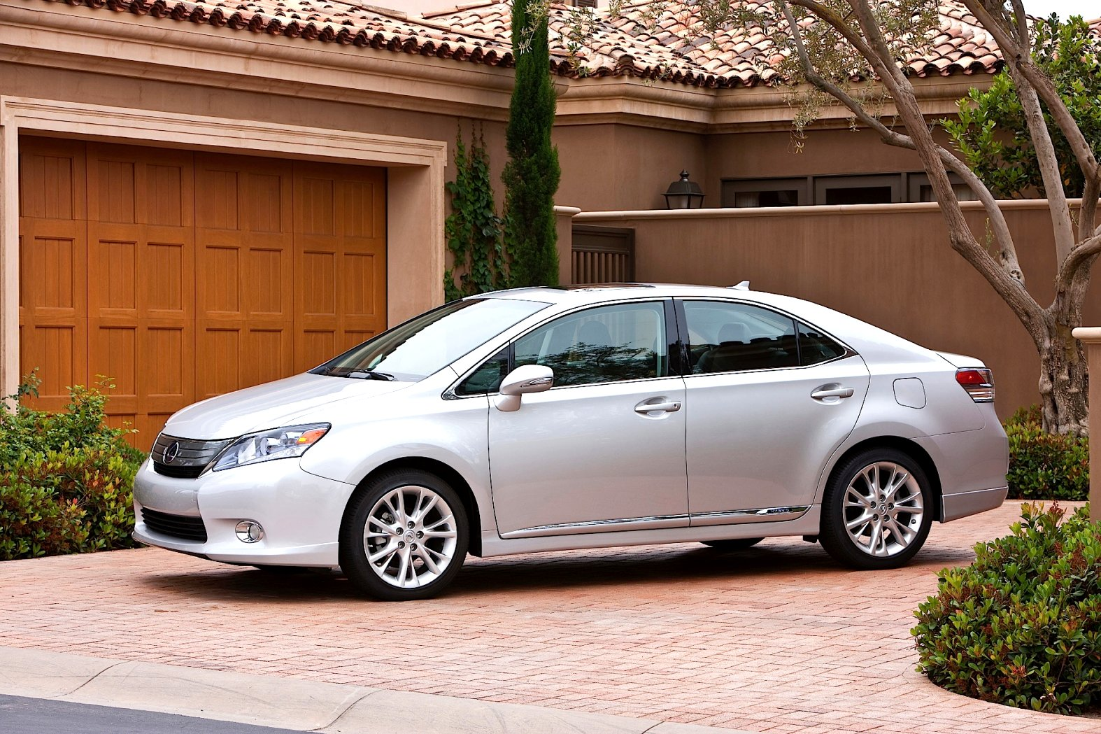 2020 lexus hs 250h Redesign and Concept