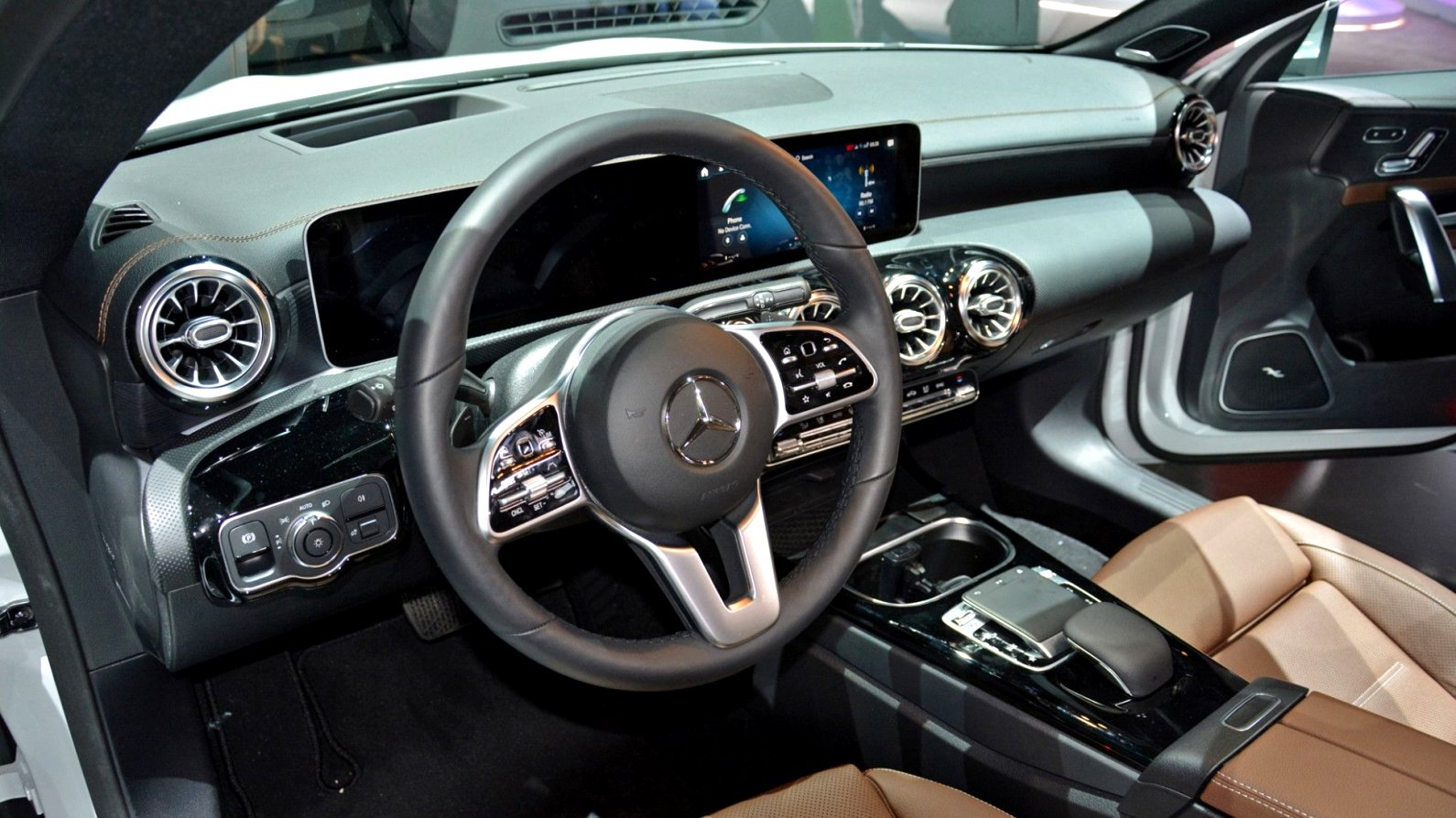 2020 mercedes a class interior First Drive