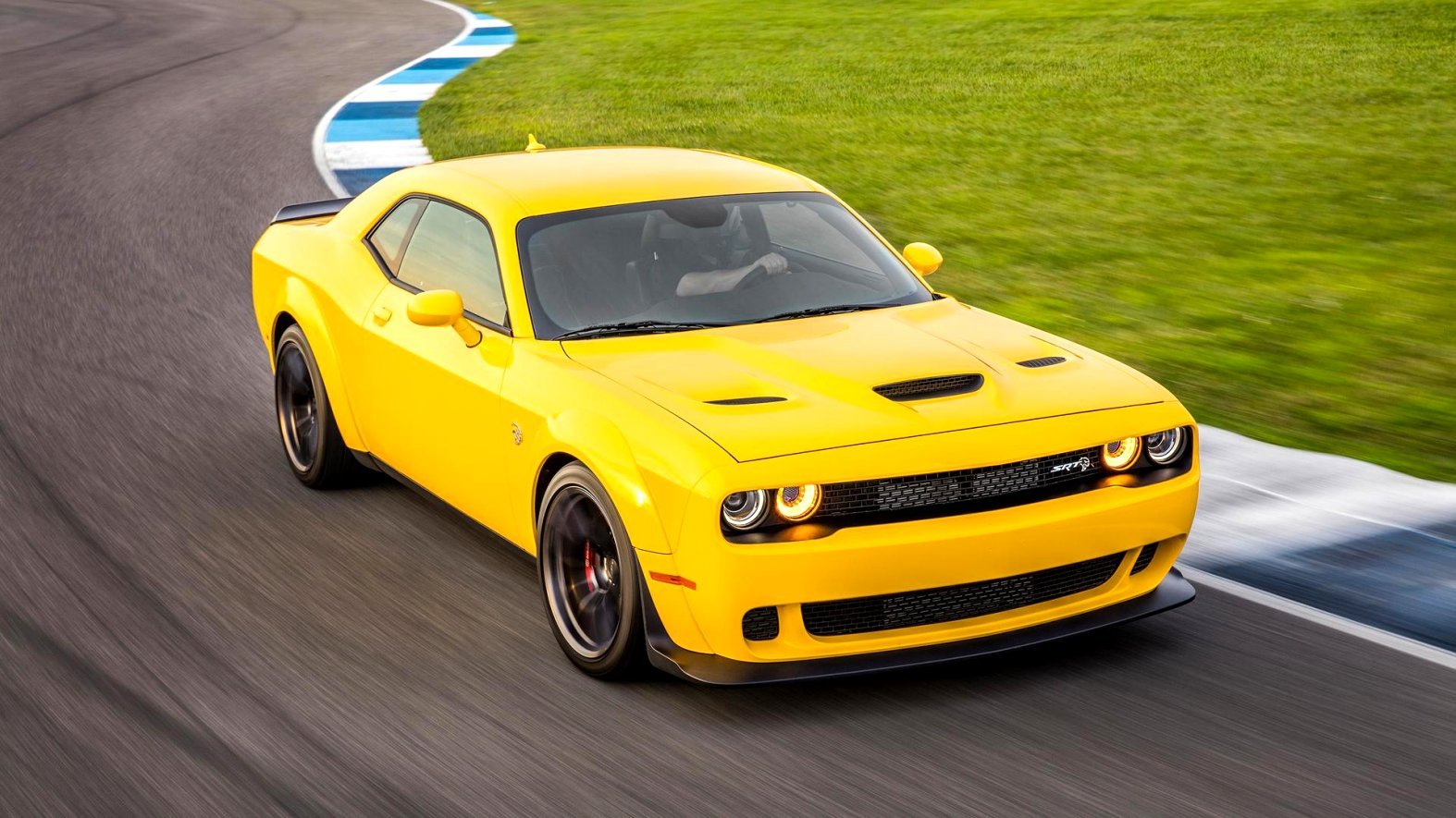 2020 dodge challenger yellow jacket Reviews