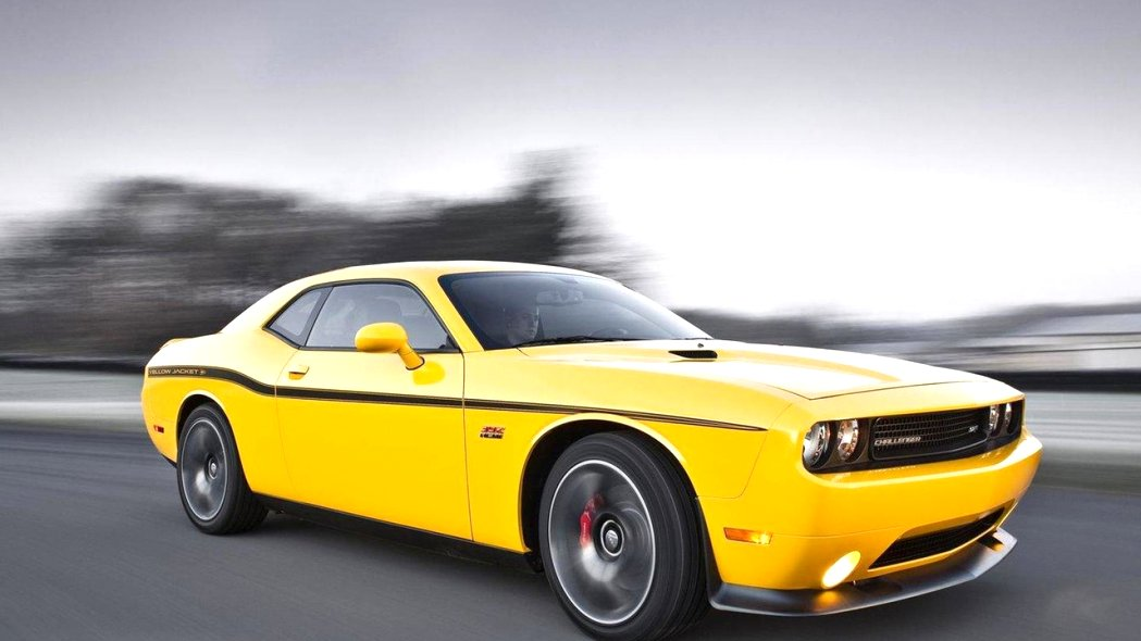 2020 dodge challenger yellow jacket Spesification
