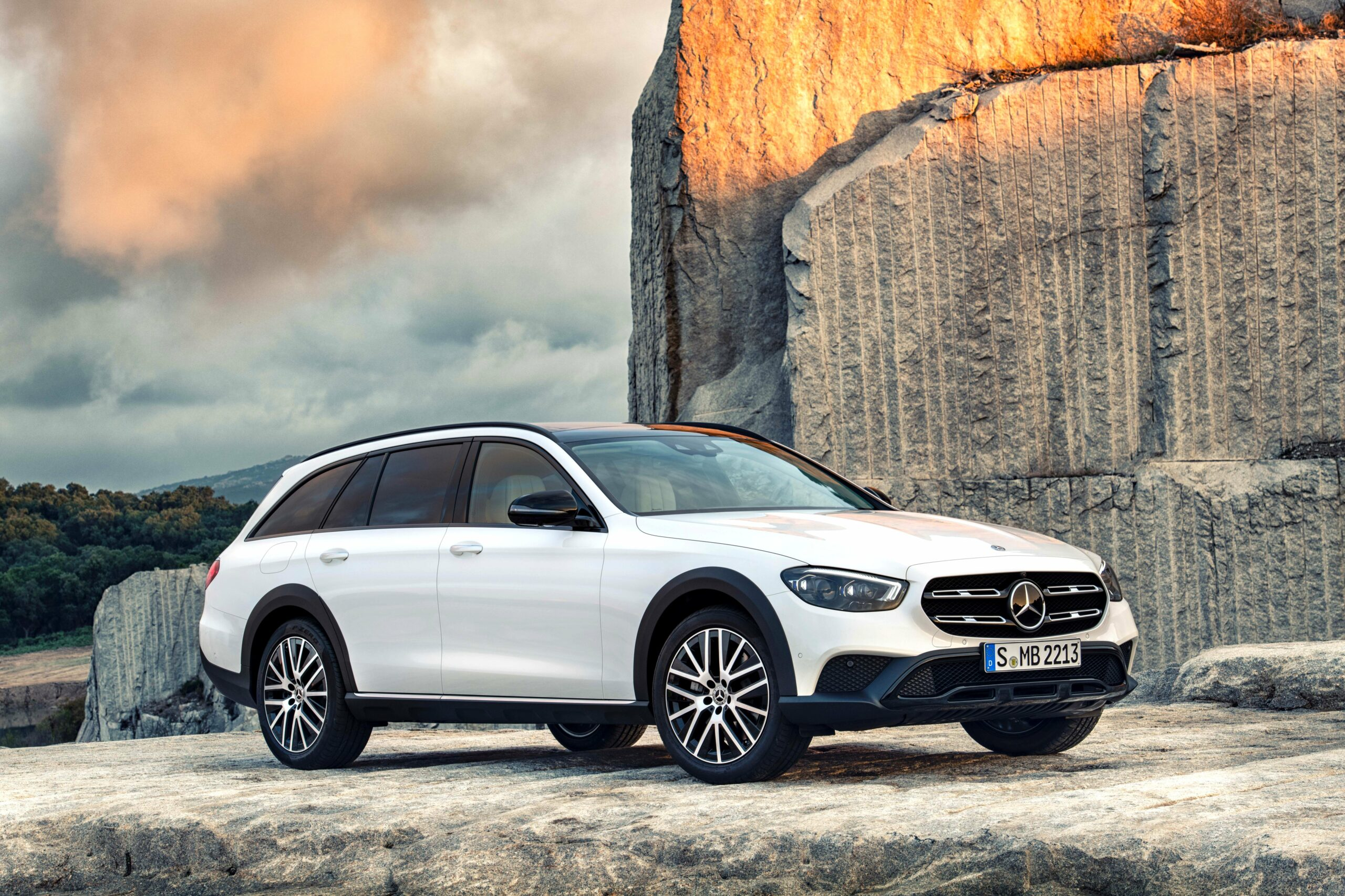 2020 mercedes wagon review Performance and New Engine