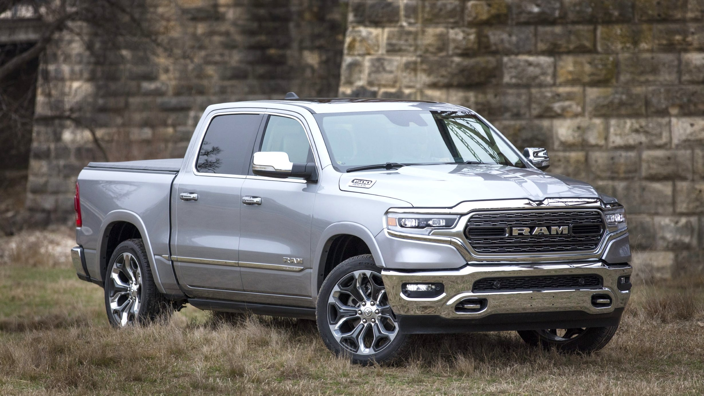 2020 dodge limited Review