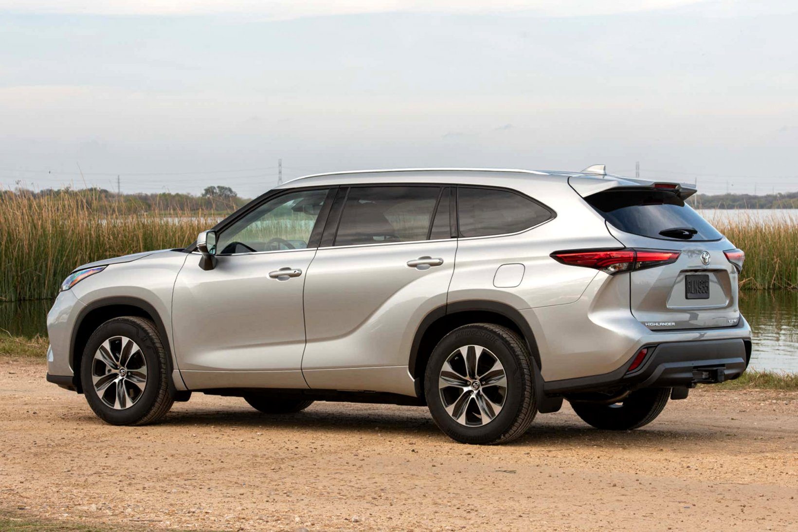 2020 toyota highlander review Specs and Review