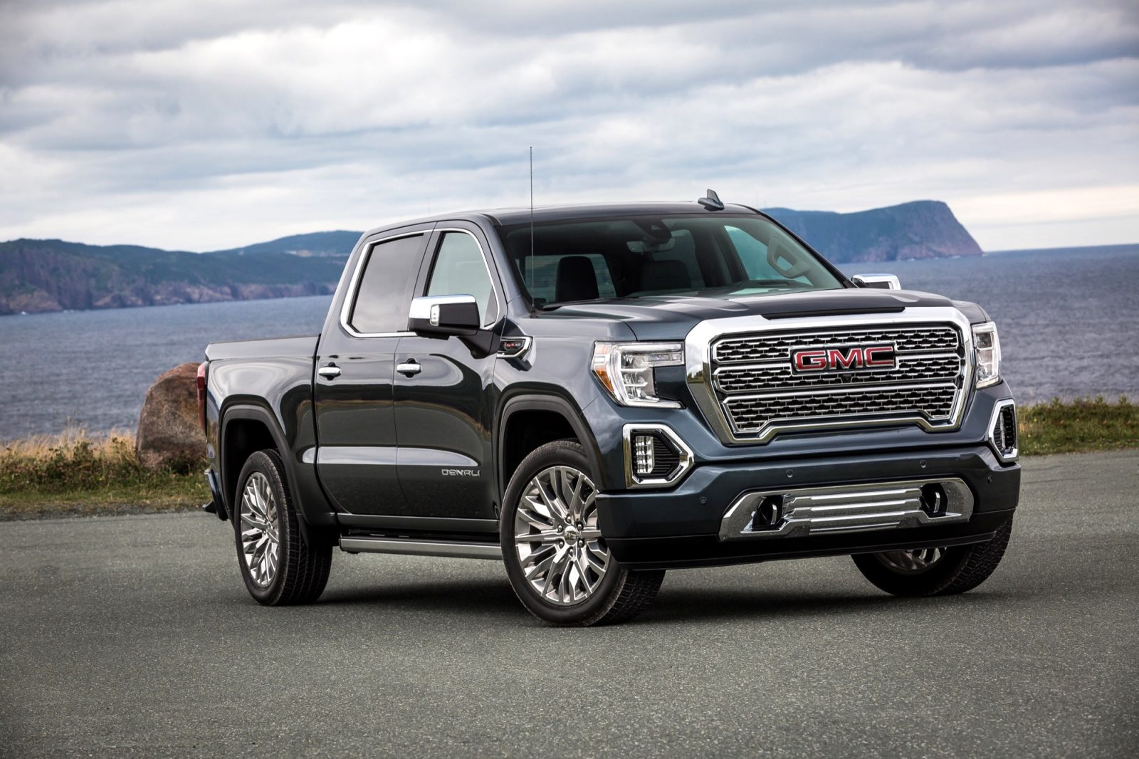 GMC pickup colors 2021 Performance and New Engine