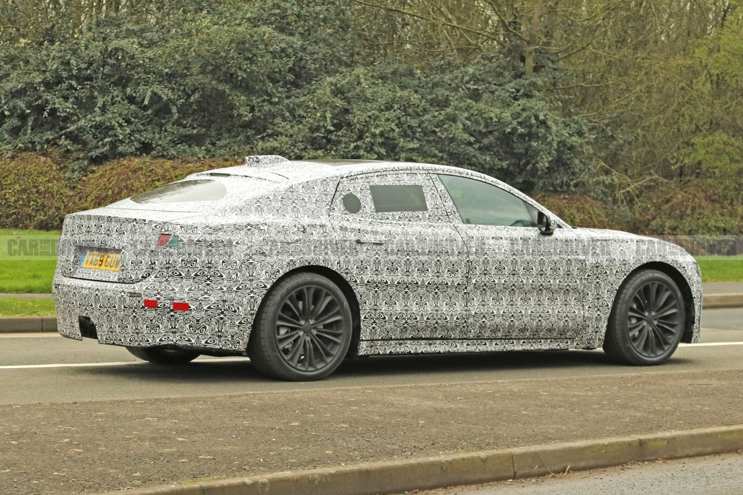 2021 new jaguar xj