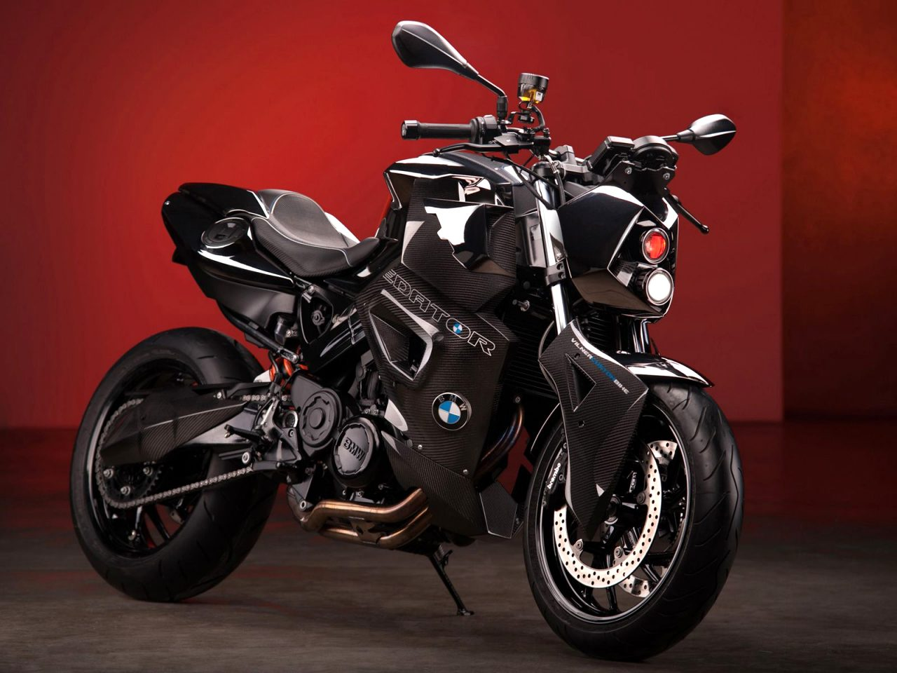 2021 BMW f800r Review
