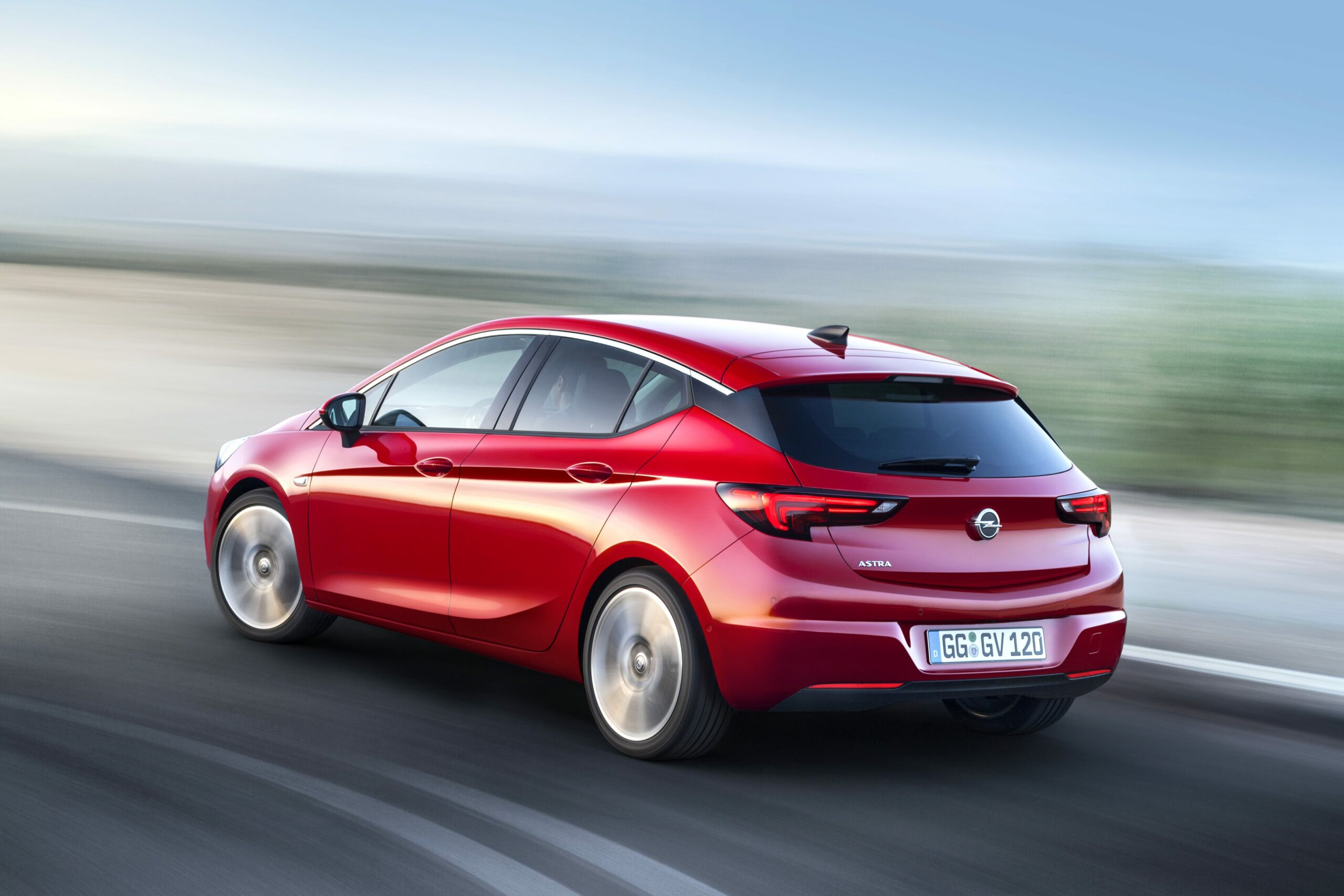2021 opel astra review Picture
