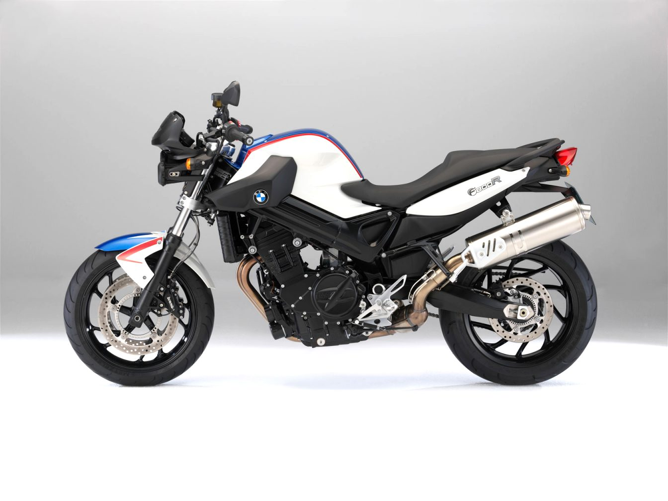 2021 BMW f800r Concept and Review