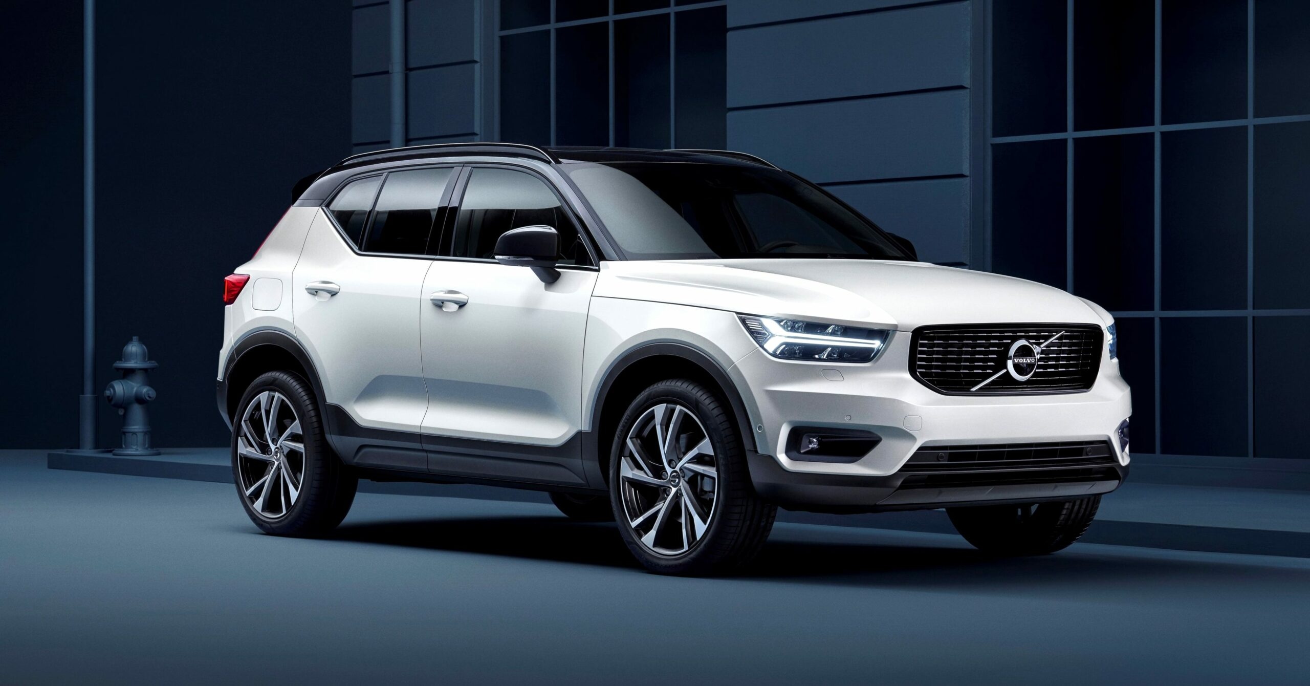 2021 volvo crossover Price and Release date