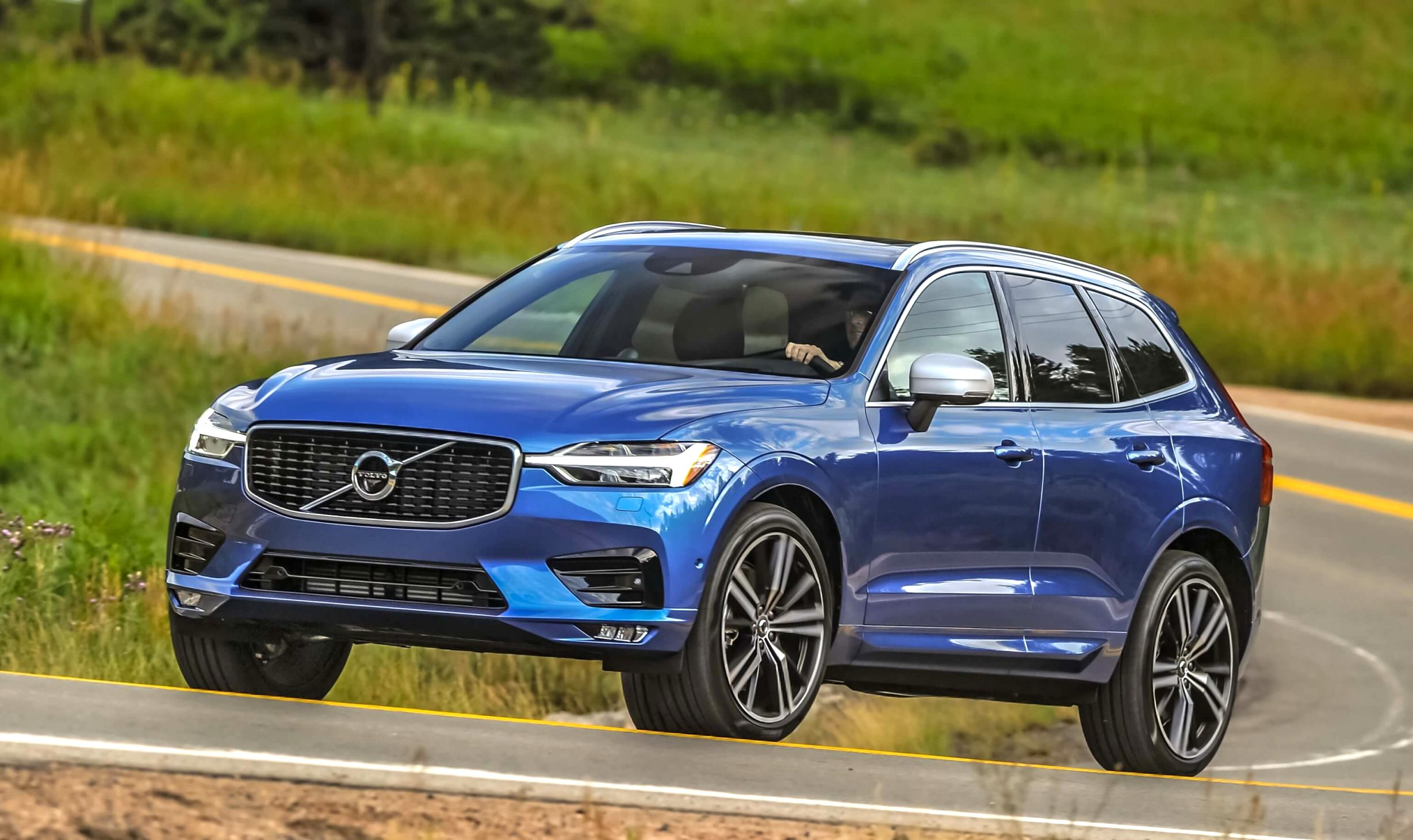 2021 volvo r design xc60 Review and Release date