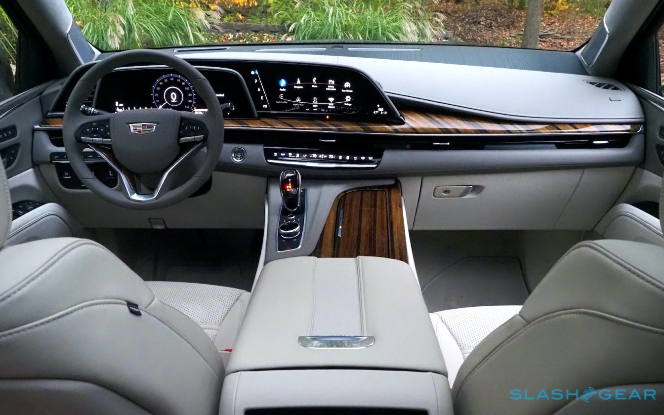 how much is a 2021 cadillac SUV Specs and Review