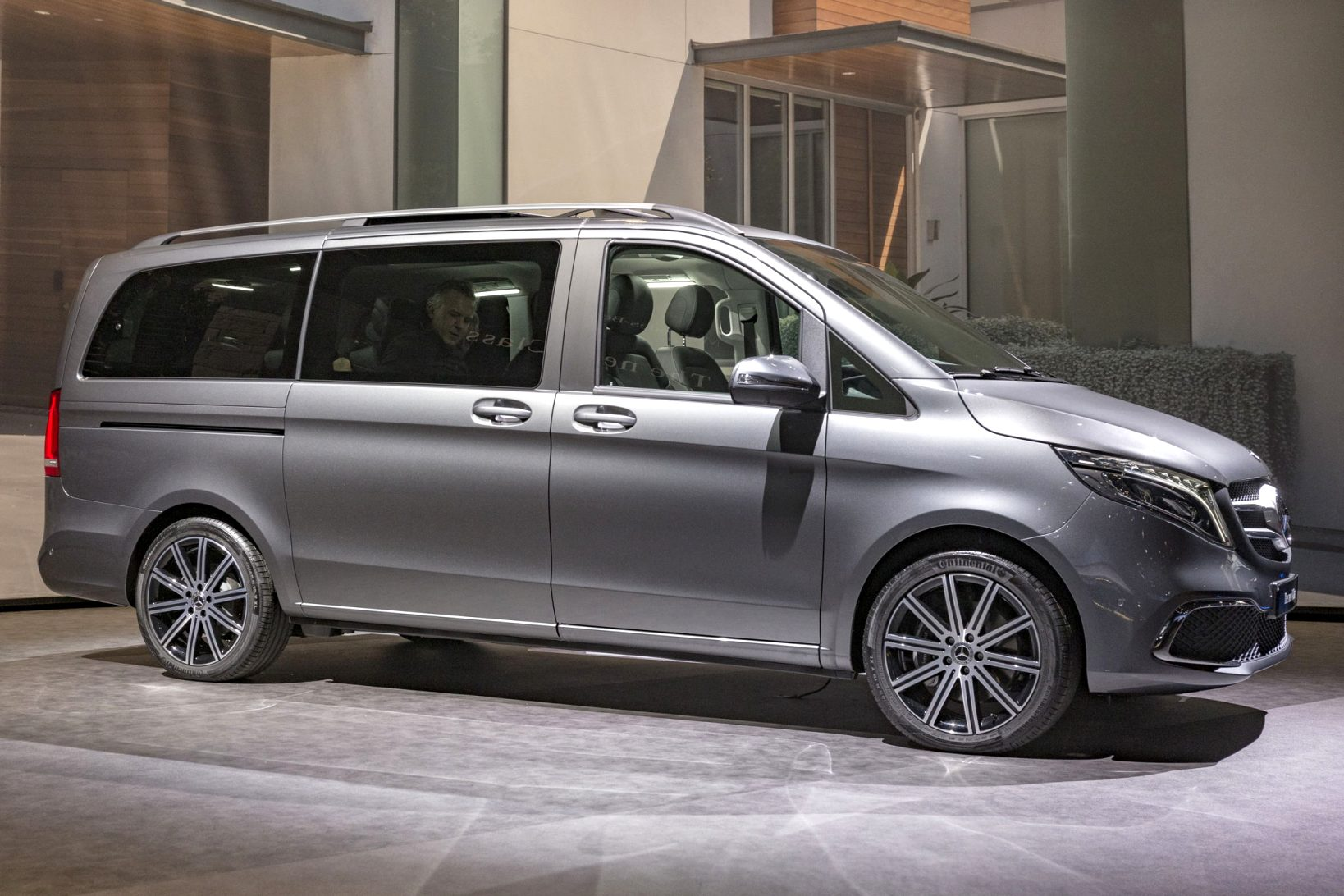 2021 mercedes v class price Performance and New Engine