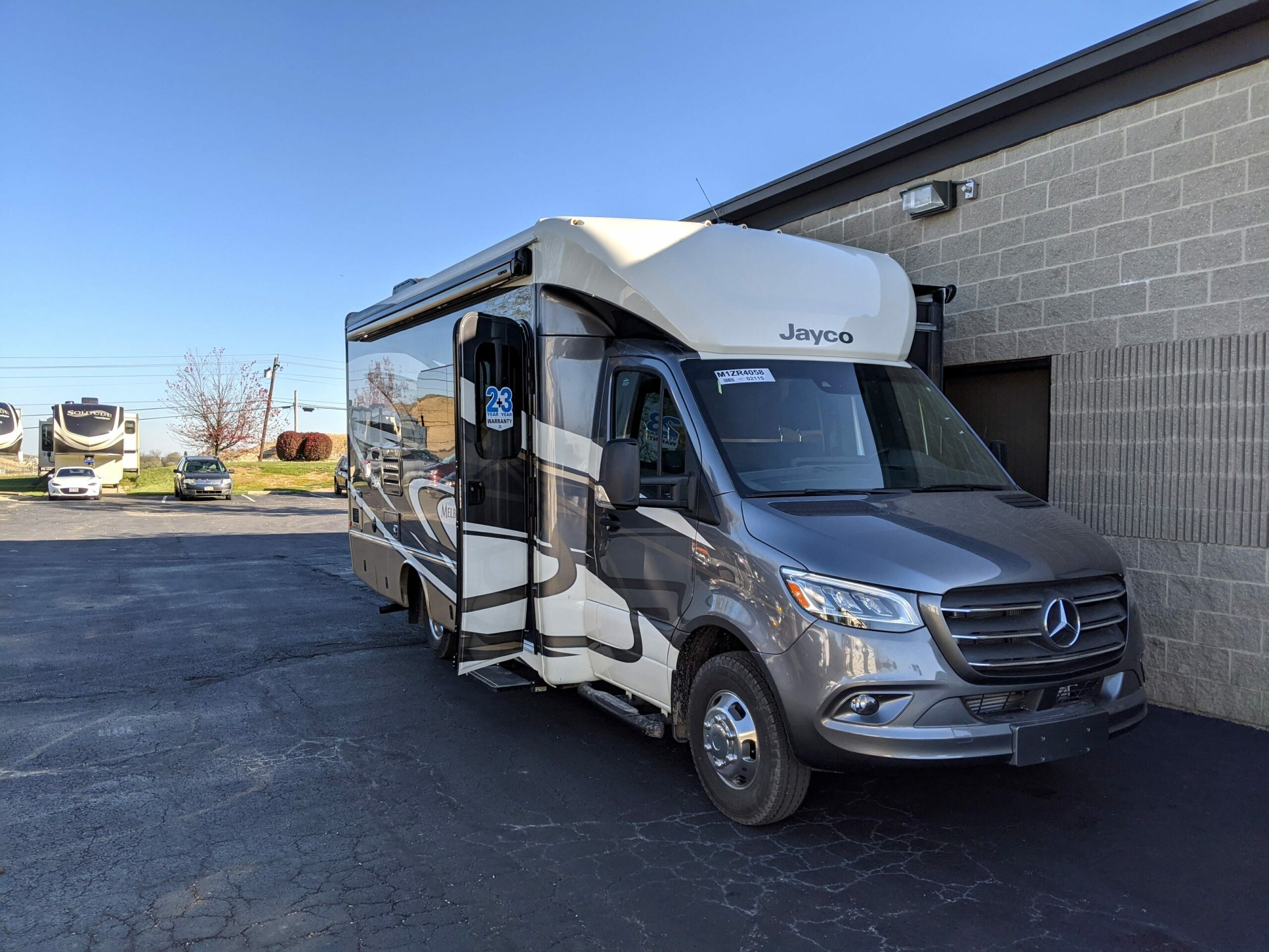 2021 mercedes jayco melbourne Performance and New Engine