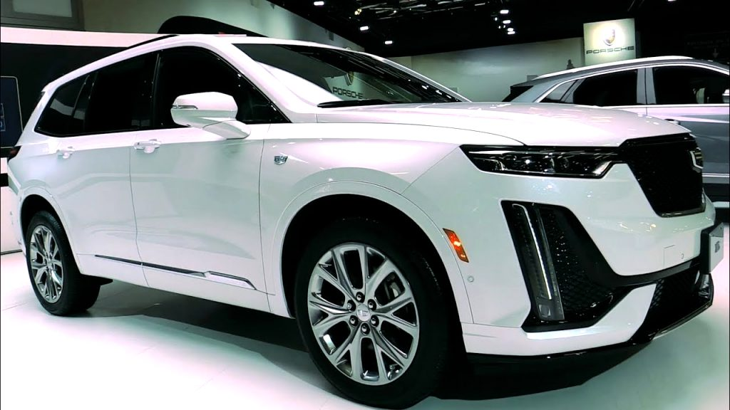 2021 cadillac hatchback Photos