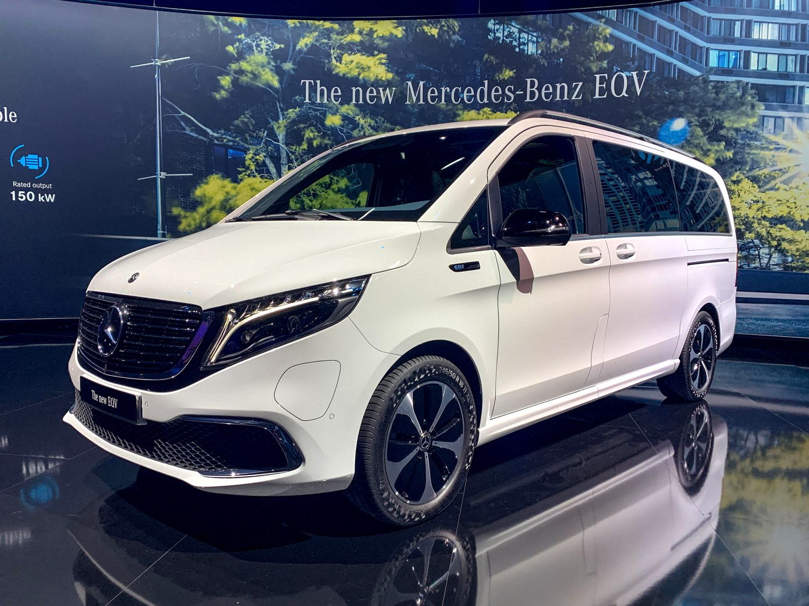 2021 mercedes v class price Style