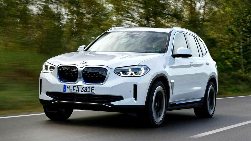 2021 BMW electric SUV Performance and New Engine