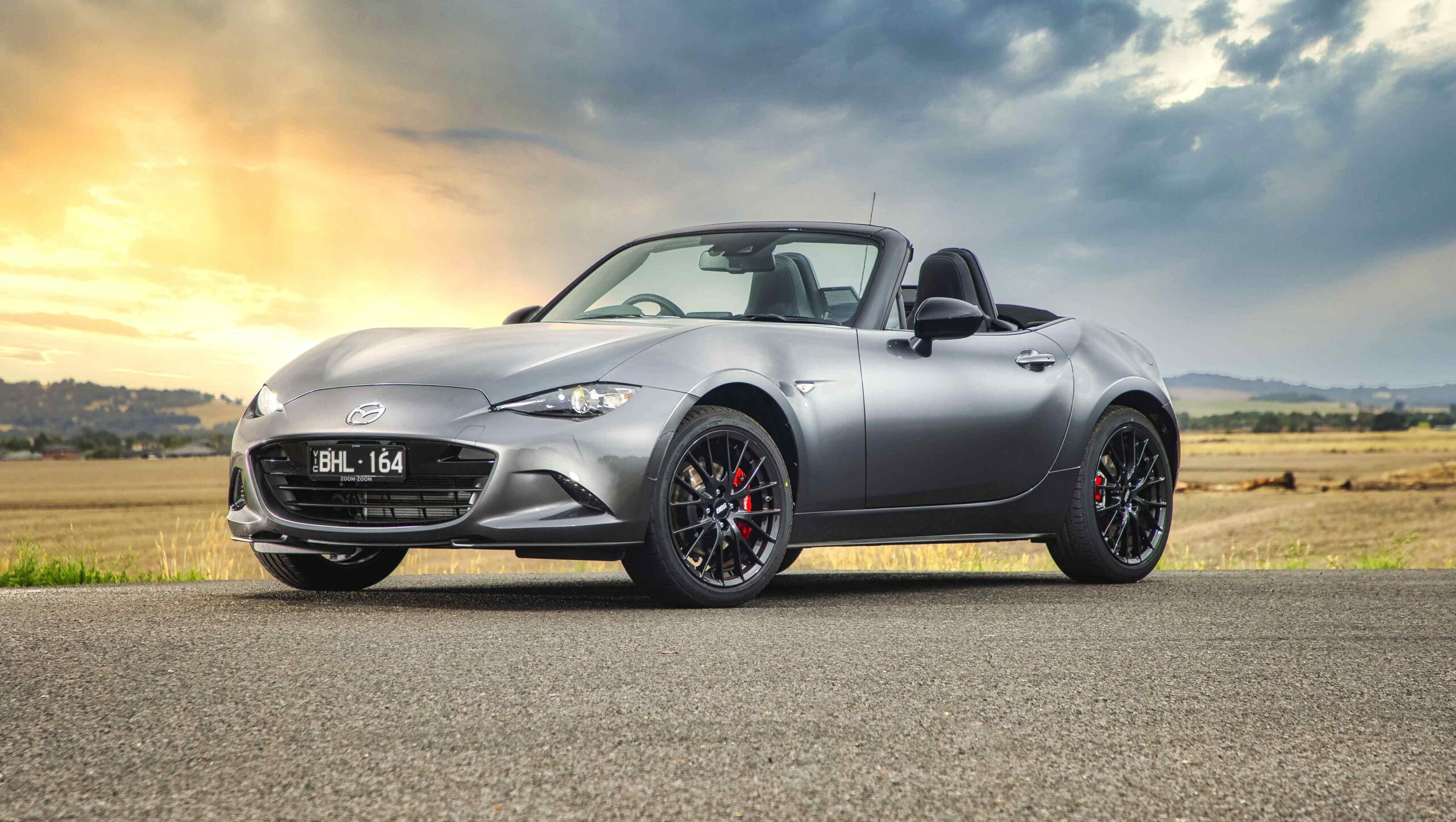 2021 mazda miata zero to 60 Performance