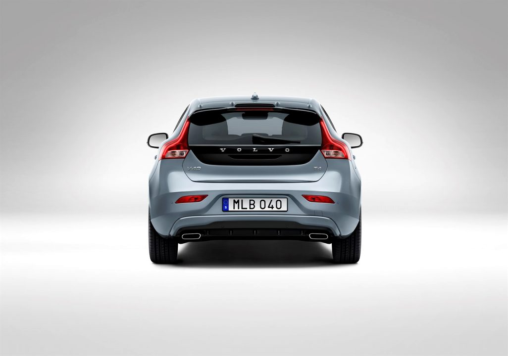 2021 volvo v40 Redesign and Concept