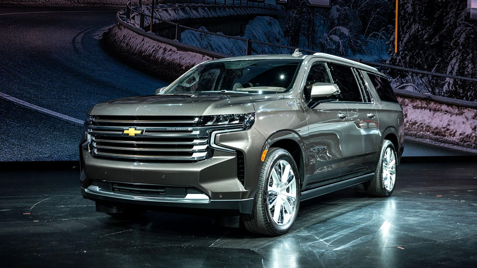 2021 chevrolet full size SUV Picture