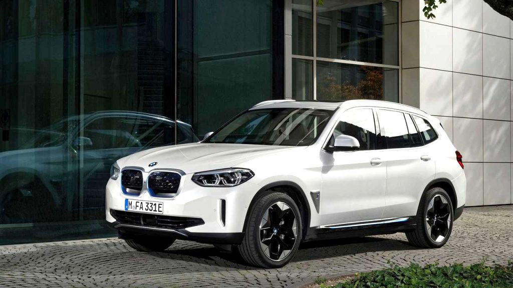 BMW crossover 2021 New Concept