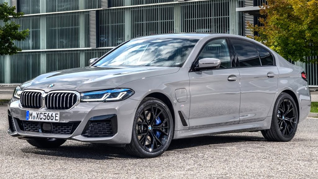 2021 BMW plug in hybrid Review and Release date