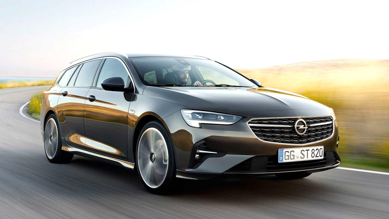 2021 opel wagon Performance and New Engine