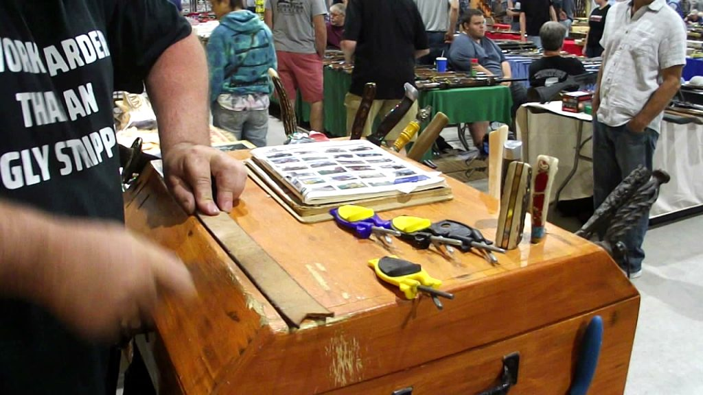 cadillac gun and knife show 2021 Images